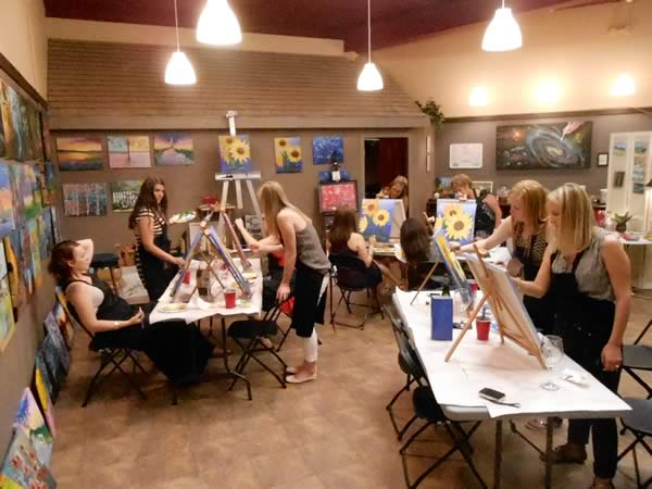 Stroke of genius wine and paint studio in waukesha wi for Painting and wine